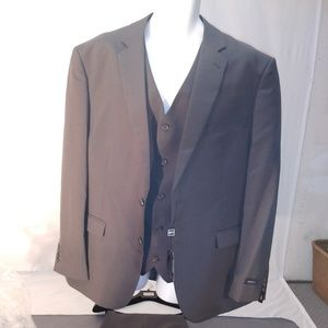 Other - Braveman suit and pants 50r 44w charcoal gray